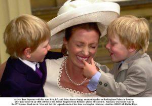 Jane Seymour y sus hijos