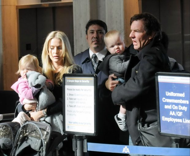 Dennis Quaid, Kimberly Buffington y sus gemelos