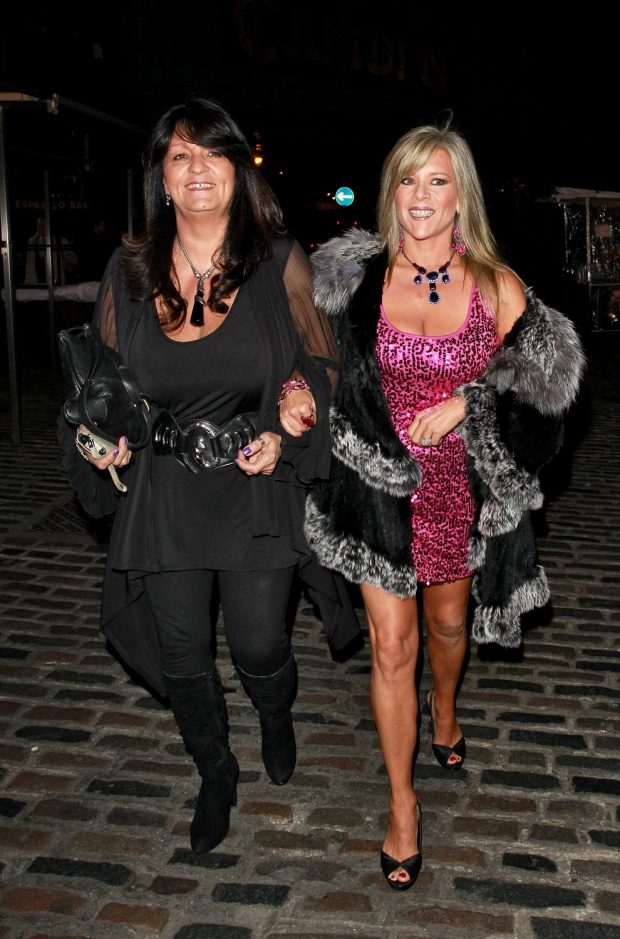 Samantha Fox y Myra Stratton