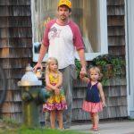Ethan Hawke y sus hijas