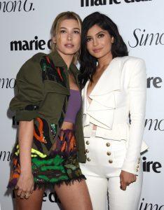 Hailey Baldwin y Kylie Jenner