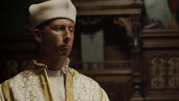 Nicholas Rowe como el cardenal Orsini en Da Vinci's Demons