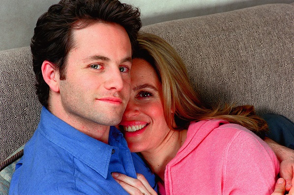 El matrimonio ultracristiano Kirk Cameron y Chelsea Noble