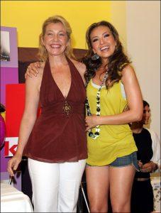 Thalía y su hermana Ernestina Sodi en 2005