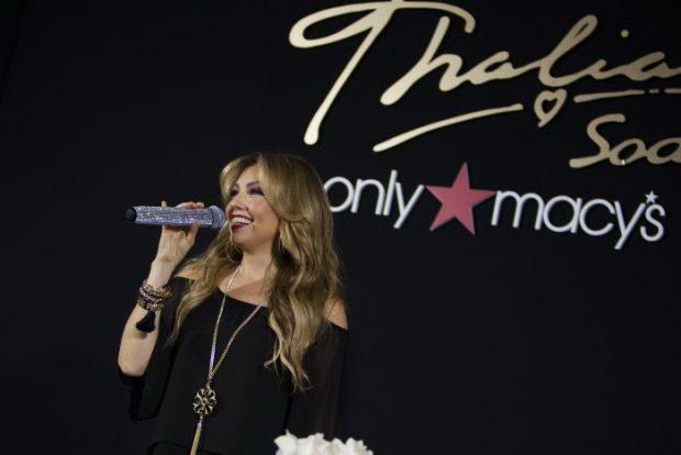 Thalía con su colección en Macy's