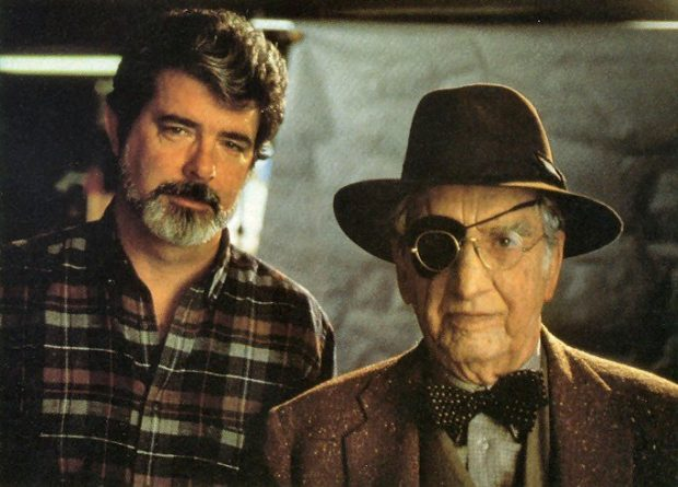 George Hall, que encarnó a Indiana Jones con 93 y George Lucas en Las aventuras del Joven Indiana Jones., con