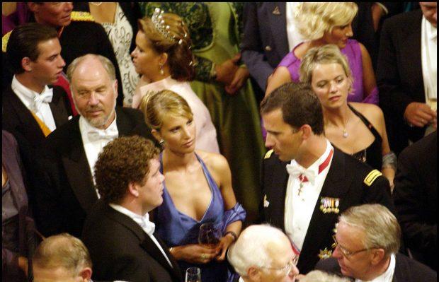 Eva y el príncipe Felipe en la boda del príncipe Haakon de Noruega y Mette Marit, agosto de 2001