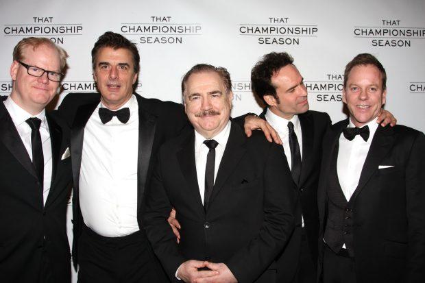 Jim Gaffigan, Chris Noth, Brian Cox, Jason Patric y Kiefer Sutherland en el estreno de la obra 'That Championship Season' en Broadway, marzo de 2011.