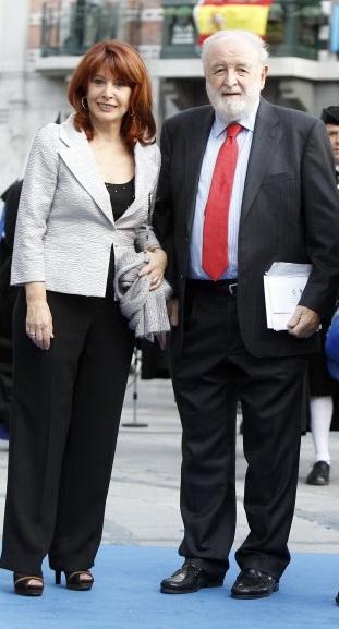 Cristina García Ramos y Diego Carcedo durante los Premios Princesa de Asturias 2013 en Oviedo