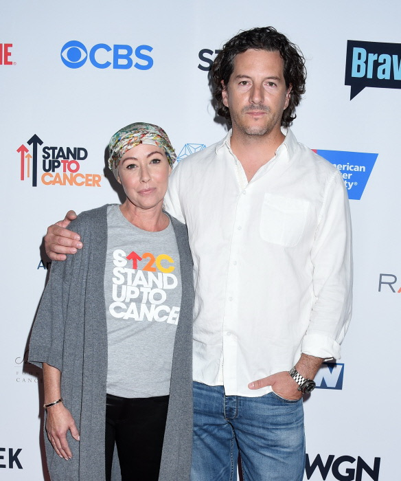 Shannen Doherty y su marido, Kurt Iswarienko, en un evento contra el cáncer en septiembre de 2016 en Los Ángeles