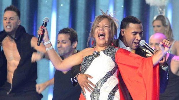 Loalwa Braz con Don Omar en la entrega de los premios Billboard Latinos en Miami en 2012 (EFE).