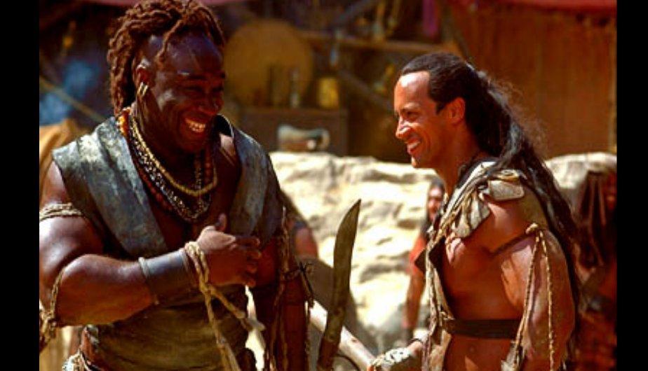 Dwayne Johnson y Michael Clarke Duncan en el rodaje de 'El rey Escorpión', spin of de 'La momia'.