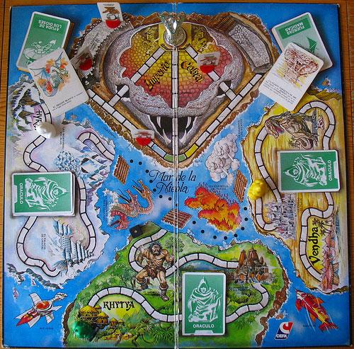 Tablero de El Imperio Cobra con sus distintos reinos climáticos