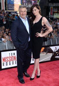 Alec Baldwin y su hija Ireland Baldwin en 2015