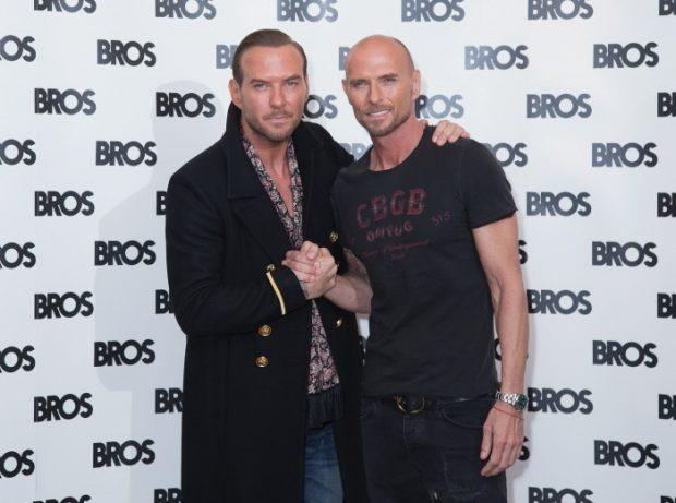 Los gemelos atacan de nuevo: Matt y Luke Goss reunidos en Londres, el 5 de octubre de 2016 para anunciar su regreso a los escenarios.