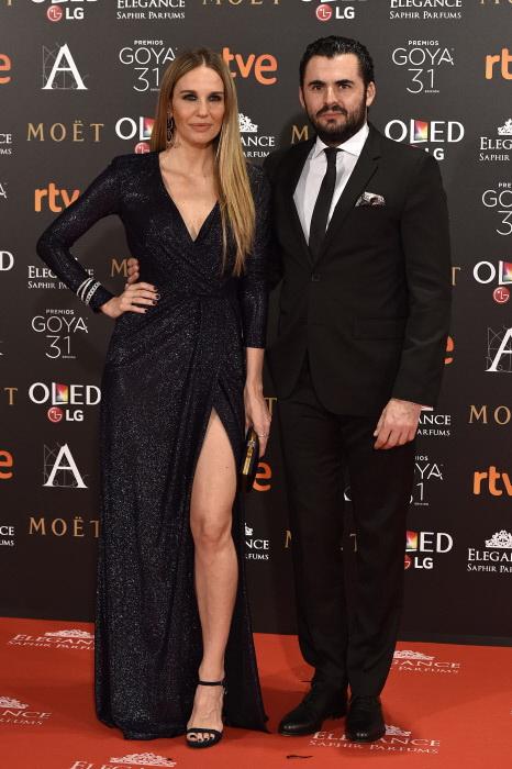 Carola Baleztena y Emiliano Suarez en la gala de los Goya 2017.