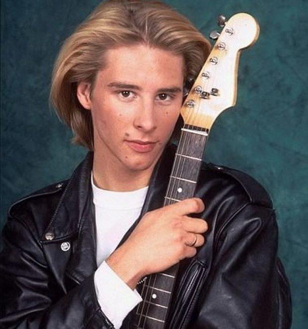 El cantante de los 90 Chesney Hawks.