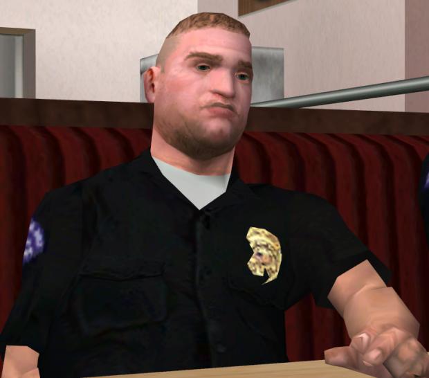 Oficial Pulaski, en Grand Thef Auto: San Andreas, doblado por Chris Penn.