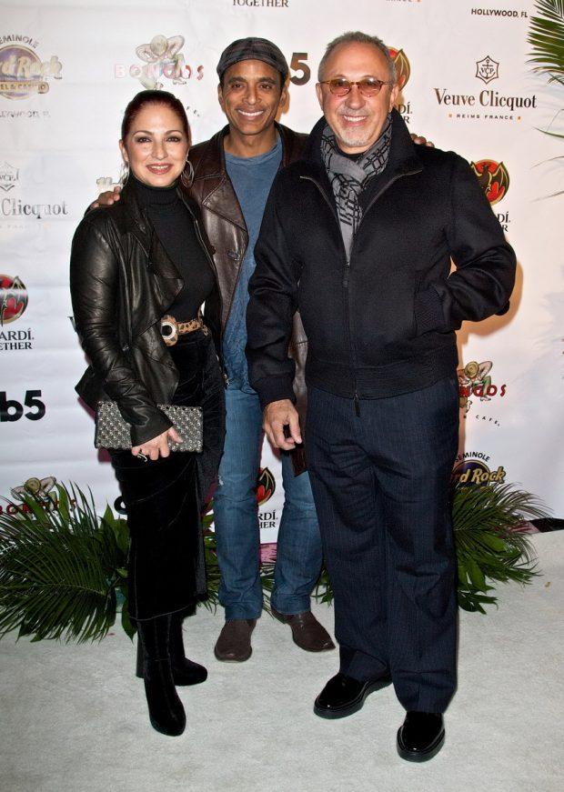 Gloria Estefan, Jon Secada y Emilio Estefan en 2010.
