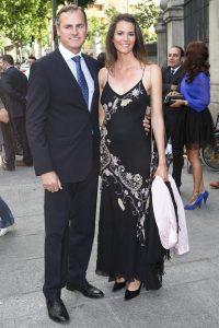 Con su entonces novio en la boda de Irene Villa, en abril de 2011.