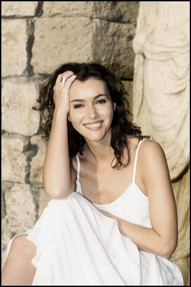 La presentadora Arancha del Sol posando con motivo de su 29 cumpleaños en 2001.