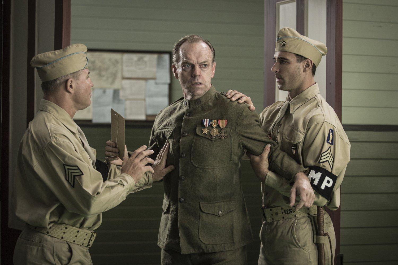 Hugo Weaving en el papel de Tom Doss en 'Hasta el último hombre' (Hacksaw Ridge), película dirigida por Mel Gibson y estrenada en 2016.