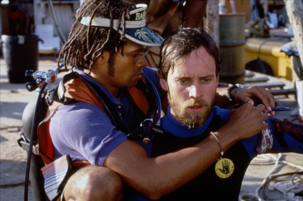 Lance Guest y Mario Van Peebles en la secuela de 'Tiburón' de 1986.