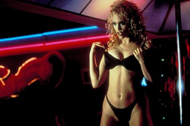 elizabeth-berkley-showgirls