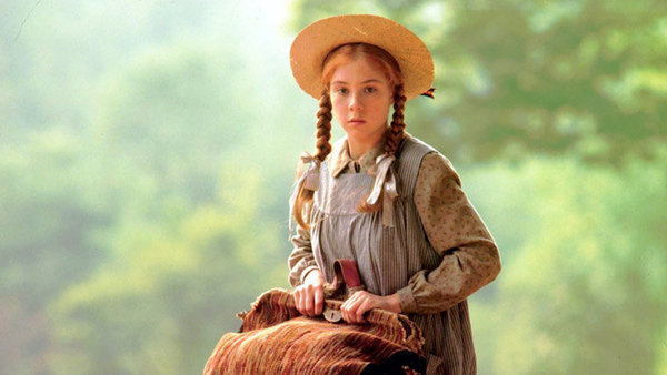 megan_follows_ana_de_las_tejas_verdes
