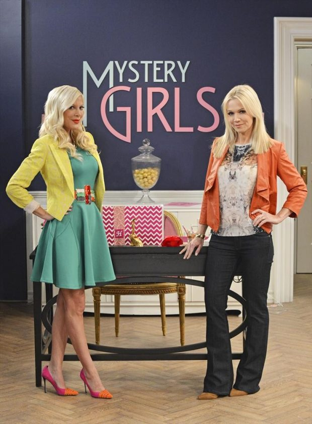 Tori Spelling Jennie Garth mistery girls