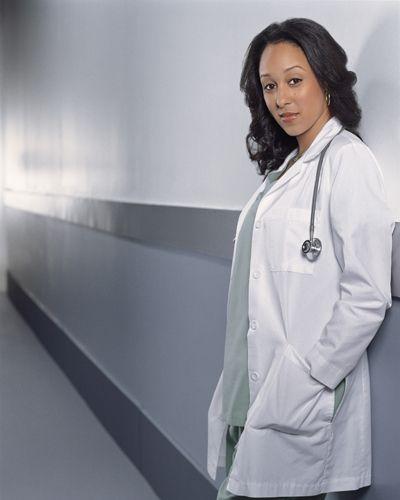 tamera-mowry-doctoras-de-philadelphia