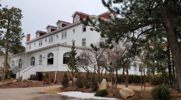 stanley-hotel