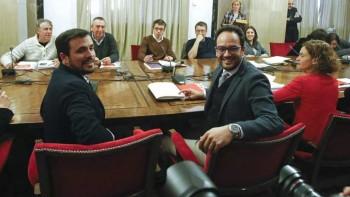 Representantes de PSOE, Podemos, IU-UP y Compromís en la reunión a cuatro en el Congreso de los Diputados/EFE
