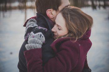 Con este frío... nada mejor que un abrazo