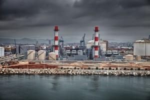 Central Eléctrica de Ciclo Combinado en el Puerto de Barcelona (Antón Osolev)