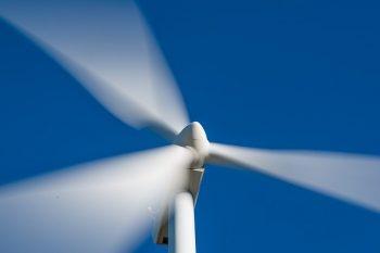 windmill-1330517_640