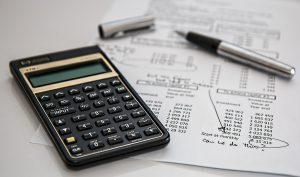 calculadora y factura