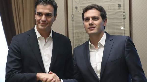 Alert RIvera , presidente e Ciudadanos y Pedro Sánchez, secretario general del PSOE