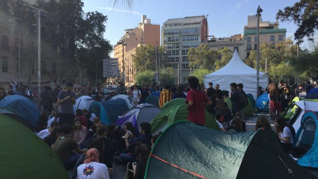 Acampada independentista en la Universidad