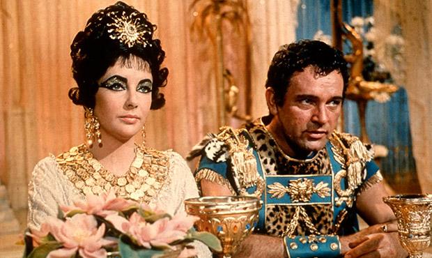 Elizabeth Taylor en Cleopatra 1963