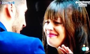 Marta, llorando, oh, sorpresa.
