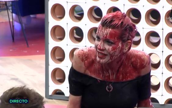 Bárbara, después de probar Sanguíneal Essences.