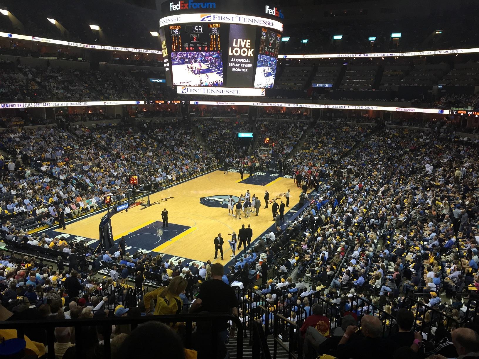 Interior del FedExForum en un partido de los Grizzlies de la pasada temporada (WIKIPEDIA).