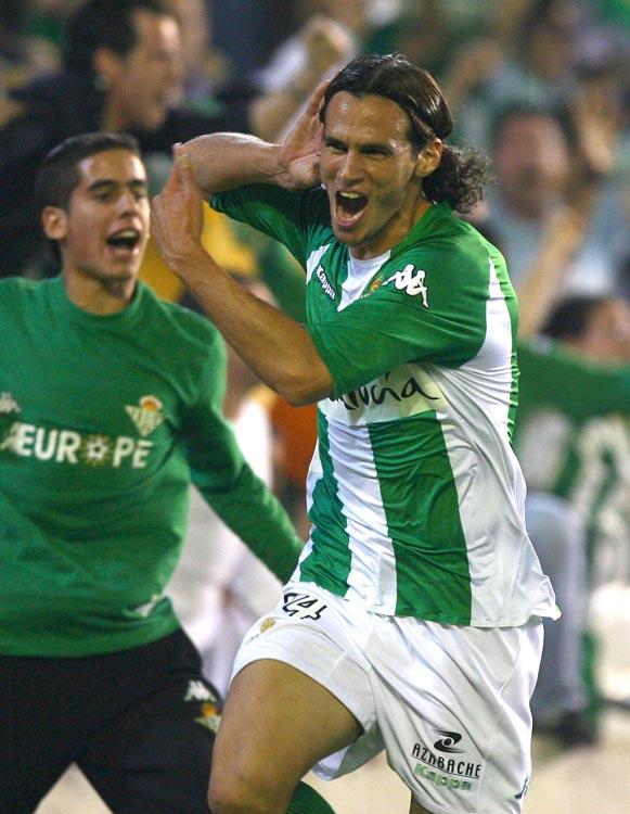 Capi, celebrando un gol en el coliseo bético (Archivo 20minutos).