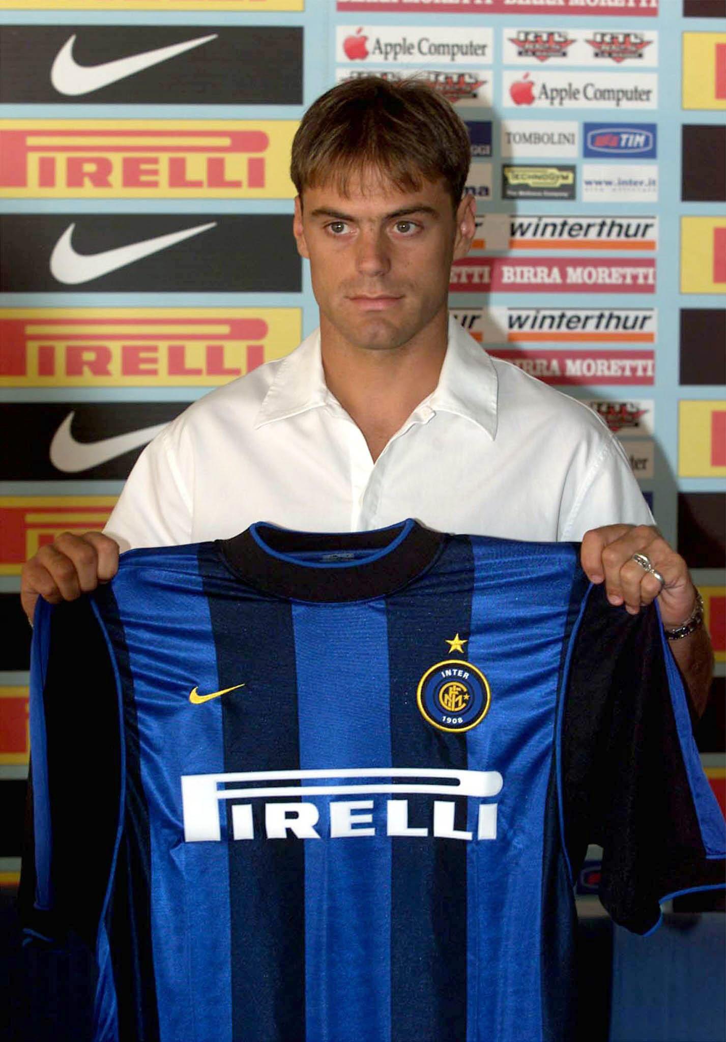Farinós. el día de su presentación con el Inter en el verano del año 2000 (Archivo 20minutos).