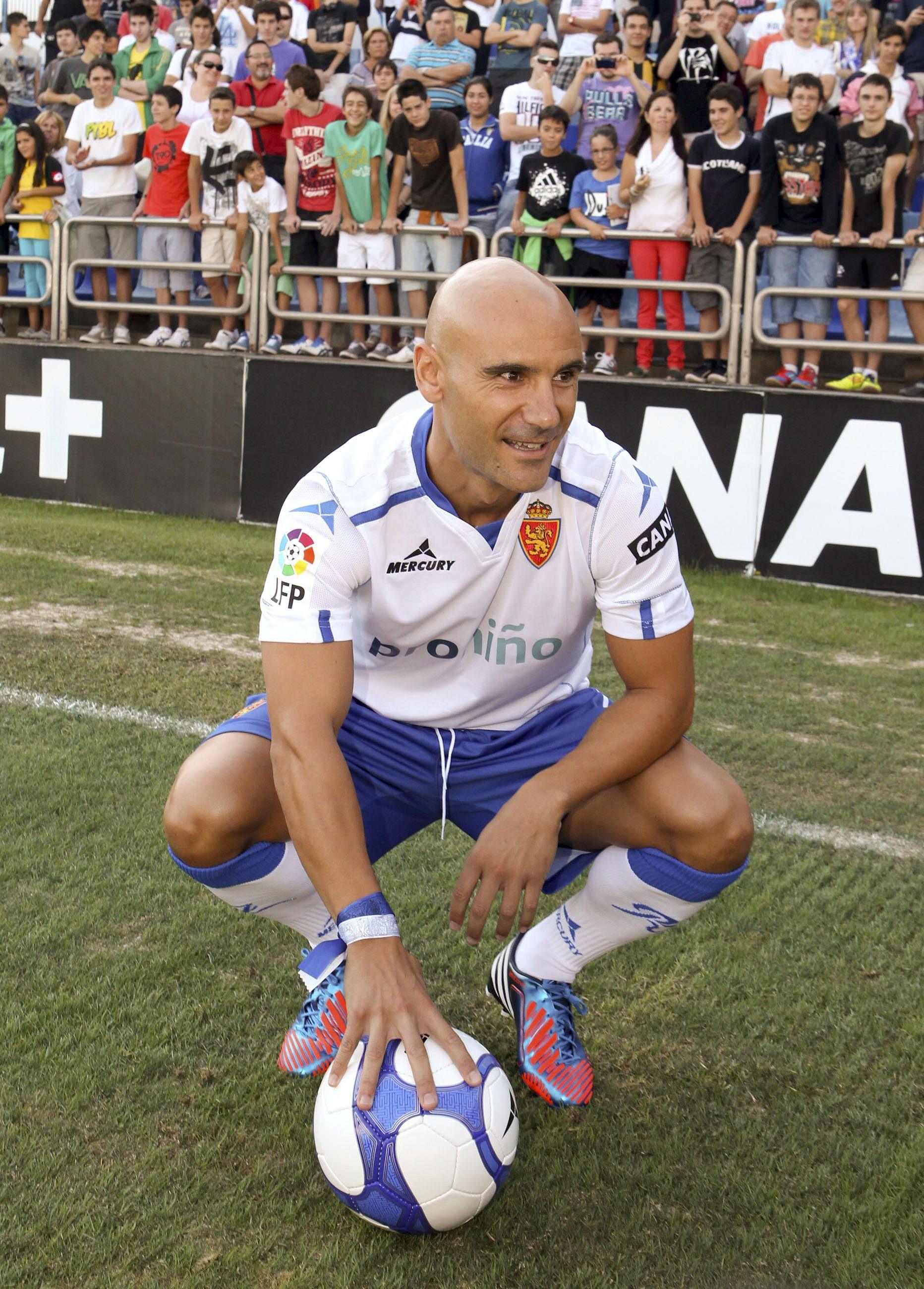 Movilla, en su presentación con el Zaragoza cuando firmó en 2012 (Archivo 20minutos).