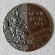 Una de las 'medallas de la amistad' (WIKIPEDIA).
