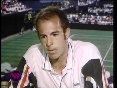 Tarango, atendiendo a los medios en Wimbledon (YOUTUBE).