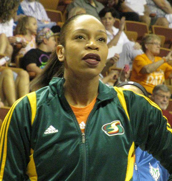 Tina Thompson, en su último All Star, el de 2013 (WIKIPEDIA).