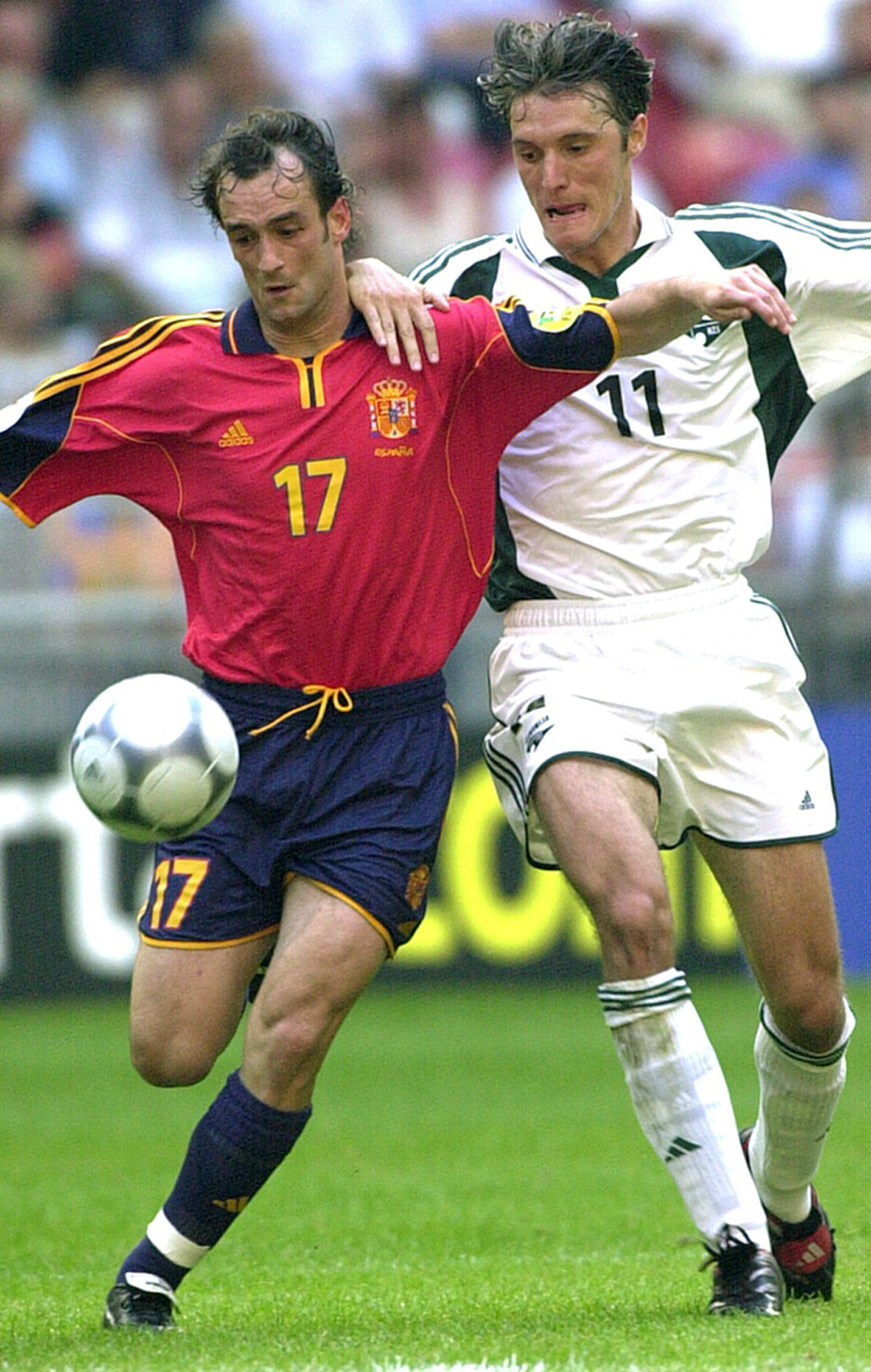 Etxeberria, en el partido ante Eslovenia de la Eurocopa del año 2000 (Archivo 20minutos).